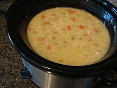 A Bear in the Kitchen: Crock Pot Creamy Chicken and Rice Soup