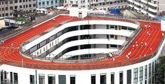 En Chine, une école a construit une piste d'athlétisme sur son toit
