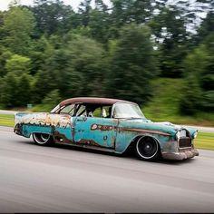 Pro-street '55 Chevy