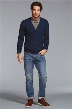 Blue Wash Jean - Men's work fashion. If you can dress casual for work, don't go too casual!
