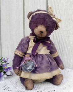Редкая, в моём репертуаре, деффочка Софи дом нашла #мишка #мишкатедди #тедди #теддист #теддимедведи #теддимир #своимируками #ручнаяработа #ялюблюсвоюработу #подарок #мастеркрафт #фиолетовый #teddy #teddybear #teddybears_gallery #bear #siberianteddybear #teddynsk #artistbear #art_hm_teddy #teddyartist #teddynsk #handmadetoys #handmadeгалерея #mysolutionforlifeд