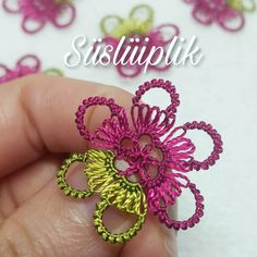 Tatting Jewelry, Tatting Lace, Crochet Unique, Needle Lace, Lace Making, Baby Knitting, Free Food, Crochet Earrings, Pure Products