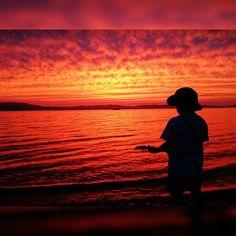 【kayachan211】さんのInstagramをピンしています。 《--- ------------------------- START ------------------------- #日本#熊本#天草#空#海#夕焼け#夕方#赤 #ファインダー越しの私の世界 #写真好きな人と繋がりたい #カメラ好きな人と繋がりたい #japan#picture#photo#photographer#camera#instagood#instagram#like#follow#sky#see#sun#blue#beautiful#boy#like4like#l4l#Korea#start》