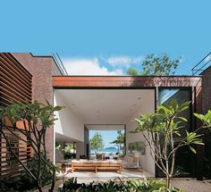 room with a view.....Arthur Casas - Casa.com.br