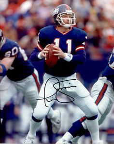 Phil Simms, Quarterback - Super Bowl champion (XXI, XXV) - Spent his entire career playing for the New York Giants. He is currently a television sportscaster for the CBS network New York Giants Football, My Giants, Football Players, Football Helmets, Phil Simms, Football Hall Of Fame, Most Popular Sports, Sport Hall, Vintage Football