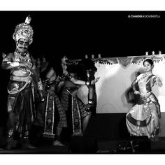 A dance drama at the famous dance village #kuchipudi #blackandwhite #bw #black #white #bnw #mono #nb #igersbnw #bw_lover #monochrome #bwoftheday #bwbeauty #noir #noiretblanc #ic_bw #monoart #bnw_life #bnw_captures #indiaclassicaldance #kuchipudi #kuchipudidance #indiaigers #india_ig by chandrakuchibhotla