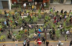 """""""Hot Future"""" First Public Art Festival committed to counter climate change problems. Art interventions in public spaces, workshops and a variety of performances intending to generate consciousness about climate change will be simultaneously held with COP 20 started on 1 December 2014 in Lima, Peru."""