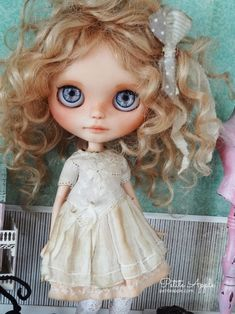 Blythe doll OOAK outfit *Peach melba* embroidered vintage style dress