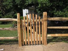 3 Rail Split Rail Fence with Arched Top Spaced Picket Gate. Oh my word, yes! Diy Fence, Fence Landscaping, Fence Ideas, Porch Ideas, Garden Ideas, Wooden Gates, Wooden Fence, Picket Fence Gate, Fence Gates