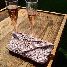 Instagram media denissemvera - Melbourne Cup Day | Genesis clutch #melbcup #melbournecup #fashion #style #clutch #luxury #handmade #crochet #macrame #raceday #races #melbournecupcarnival #bubbly #springracing #royalrandwick