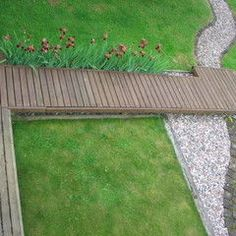 contemporary back yard ramp