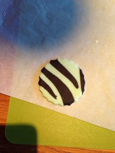 Zebra print cupcake toppers - can be done in any colour