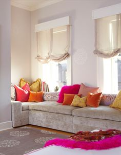 Elegant Living Room Built In Sofa / Couch / Seating. Love The Colors. Home Decor  And Interior Decorating Ideas. Design