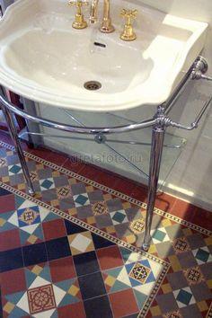 Фотобанк Грета Вульф - Ванная, туалет | Пол | Метлахская плитка | Winckelmans | #gretawolf #tiles #плитка