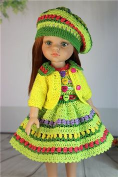 Crochet clothes for Paola Reina Doll