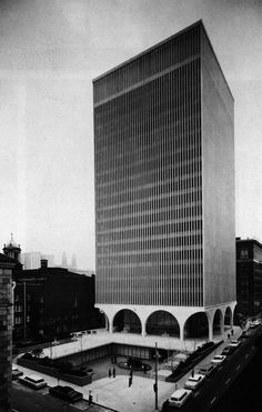Minoru Yamasaki, I.B.M. Office Building, Seattle, Washington, 1963 | Große Bögen & Untergrund