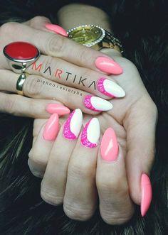 Gel Polish Summer Joy + Mr.White ze zdobieniem wykonanym Sugar Effect przez Martę Rybicką Indigo Young Team :)  #nails #polish #pink #white