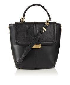30 of the latest ladylike bags to carry around your goodies #handbags #fashion #ddgd