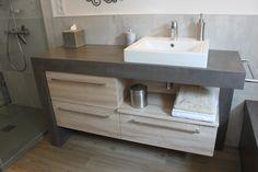 Applicateur de notre partenaire applicateur (Créateur de meubles) - Couleur G4-C #BétonCiréYellostone Le rendu est super, les couleurs se marient très bien avec l'environnement de la salle de bain