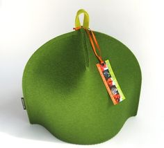 4-cup Modern Tea Cosy in Moss Green with Chartreuse hang-tab -- so fresh!