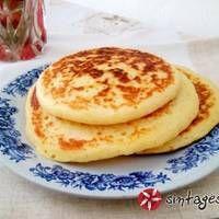 Pancakes (Αμερικάνικες Τηγανίτες) Crepes, Soul Food, Pancakes, Sweets, Breakfast, Desserts, Kitchen, Morning Coffee, Tailgate Desserts