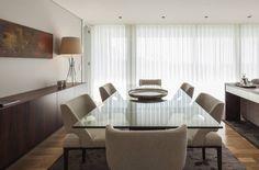 Il tavolo in cristallo raffinato ed elegante (di Silvia Reguzzi)