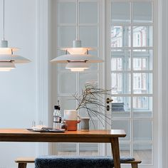 The PH 5 Pendant Light Classic White, from designer Poul Henningsen, is undeniably one of Louis Poulsen's most famous pieces. Home Lighting, Lighting Design, Hm Home, Danish Design, Interiores Design, Pendant Lamp, Interior Design Living Room, Interior Livingroom, Sweet Home