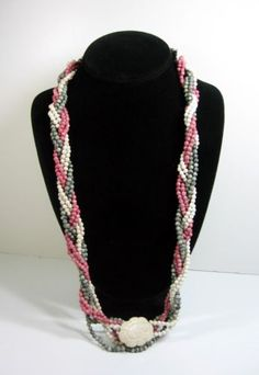 Muted-RED-WHITE-and-BLUE-STONE-Bead-NECKLACE-Vintage-Flower-Clasp-30-Length
