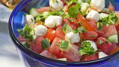 Caprese Salad, Fruit Salad, Corn Dogs, Mozzarella, Nachos, Kale, Feta, Cake Recipes, Good Food