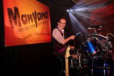 Flo am Schlagzeug - würde am Liebsten jeden Tag spielen... :-)