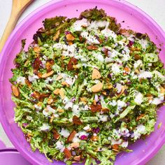 and rich potatoes on the plate. Best Broccoli Recipe, Easy Broccoli Salad, Broccoli Slaw, Broccoli Recipes, Chicken Broccoli, Vegetable Recipes, Lettuce Recipes, Salad Recipes, Healthy Recipes