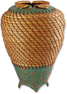 Pine needle and polymer basket by Victoria James // baskets.. X ღɱɧღ