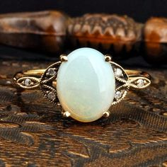 White pure vintage ring | Fashion World