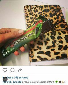 🍩🍃 una gustosa e rigenerante #pausa é quello che ci vuole, vero @ramona_amodeo ? 😀👌 ➡SCEGLI #FITLINE, PRODOTTI 💯% NATURALI PER OGNI ESIGENZA ⬅ #pminternational #dimagrirecongusto #break #chocolatemint #barettafitline
