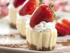 mini strawberry cheesecakes!