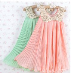 these are so cute for little flowergirls and I love the two colours together