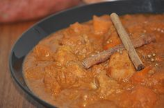 http://www.inspiringhabits.com.au Slow Cooked Chicken and Sweet Potato Curry  Slow cooked chicken and sweet potato curry is a home cooked meal that is delicious, nutrient dense and brings the family together. Just five minutes of preparation gives you a dish that fills your home with a delightful aroma, warms your soul with a great depth of flavour and satisfies both the young and the old.
