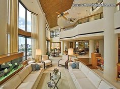 LHM Hawaii - Luxury Home In The Sky #LuxuryHomes #Interior #Design #Decor #Windows