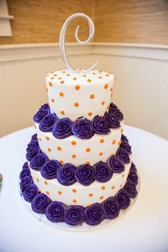 Like the color and the initial not the actual pattern  Clemson Color Wedding Cake http://shawnstom.com/