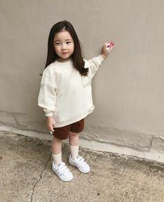 Cute Asian Babies, Korean Babies, Asian Kids, Cute Babies, Little Girl Fashion, Kids Fashion, Baby Boy Swag, Ulzzang Kids, Cute Couple Art