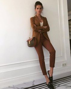 40 Most Popular Casual Work Outfit Ideas « Fashion 2019 Business Outfit Damen, Business Casual Outfits, Business Attire, Work Outfits Office, Corporate Attire Women, Business Style, Outfit Chic, Elegant Outfit, Mode Outfits