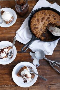 Peanut Butter Choc Chip Deep Dish Skillet Cookie http://cafedelites.com