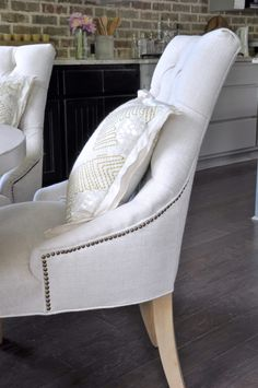 Tufted linen kitchen table chair_
