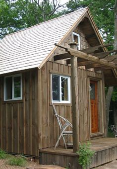 Beautiful wood cabin protected with LifeTime® Wood Treatment