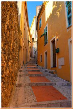 Menton, Provence. Orange