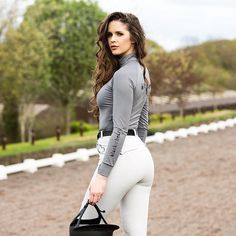 Had the most amazing day shooting our Spring/Summer collection - dreamy new products coming very soon I can't… Women's Equestrian, Equestrian Outfits, Erin Williams, Horse Riding Clothes, Riding Pants, Brunette Girl, Sexy Jeans, Horse Girl, Guys And Girls