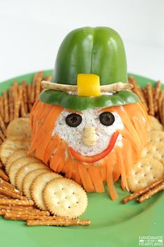 Corned Beef Leprechaun Cheeseball Recipe, the perfect appetizer for St. patricks day party food for kids Corned Beef Leprechaun Cheeseball St Patrick's Day Appetizers, Appetizer Recipes, Irish Appetizers, Dessert Recipes, Holiday Treats, Holiday Recipes, St Patricks Day Food, Saint Patricks, St Patrick Day Snacks