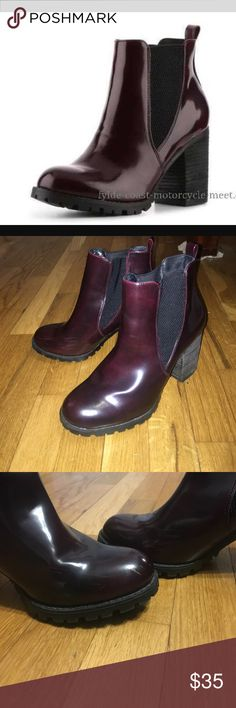 LYONN BURGUNDY STEVE MADDEN BOOTS These boots are awesome awesome awesome. Few scuff marks on the inside outer parts but barely  an see them. Any questions please feel free to ask! Steve Madden Shoes Ankle Boots & Booties