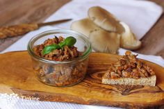 Hlivový tatarák Beef, Chicken, Vegetables, Breakfast, Food, Gardening, Meat, Morning Coffee, Essen