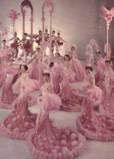 Ice Follies' Photo - Ice Folliettes 1963 - Pink Champagne